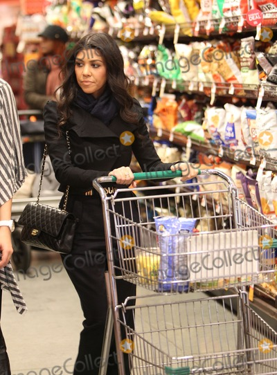 Pictures From October 20 2010 Kourtney Kardashian And Her