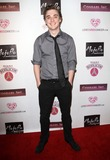 Kyle Gallner Photo 1