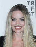 Margot Robbie Photo - Margot Robbie at the 2019 Tribeca Film Festival Premiere of DREAMLAND held at the Stella Artois Theatre at BMCCCUNY in Tribeca in New York New York USA 28 April 2019