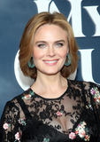 Raven Photo - 29 January 2020 - Hollywood California - Emily Deschanel Tom Kaulitz Premiere Of Apple TVs Mythic Quest Ravens Banquet held at The Cinerama Dome Photo Credit FSAdMedia29 January 2020 - Hollywood California - Emily Deschanel Premiere Of Apple TVs Mythic Quest Ravens Banquet held at The Cinerama Dome Photo Credit FSAdMedia