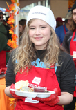Taylor Spreitler Photo - 21 November 2018-  Los Angeles Taylor Spreitler The Los Angeles Mission Hosts Thanksgiving Event For The Homeless held at The Los Angeles Mission Photo Credit Faye SadouAdMedia