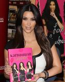 Kim Kardashian Photo 1