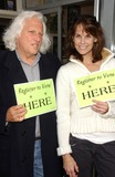 Alexandra Paul Photo - Chuck Levin and Alexandra Paulonsite signing people up for Voter Registration where she is every Wednesday night Stans Doughnuts Westwood CA 04-11-07