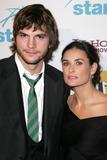 Ashton Kutcher Photo 1