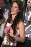 Alanis Morisette Photo -  Alanis Morisette at the premiere of Dimensions Jay and Silent Bob Strike Back at Manns Bruin Theater 08-15-01