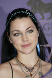 Amy Lee Photo 1