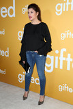 Tiffani Amber-Thiessen Photo - Tiffani-Amber Thiessenat the Gifted Premiere Pacific Theaters at the Grove Los Angeles CA 04-04-17