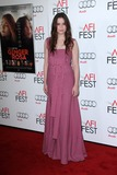 Alice Englert Photo 1