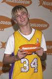 Aaron Carter Photo -  Aaron Carter at Nickelodeons 14th Annual Kids Choice Awards Barker Hanger 04-21-01