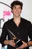 Shawn Mendes Photo - LOS ANGELES - NOV 19  Shawn Mendes at the American Music Awards 2017 at Microsoft Theater on November 19 2017 in Los Angeles CA