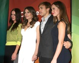 Alexandra Park Photo - LOS ANGELES - JAN 15  Alexandra Park Elizabeth Hurley William Moseley Merritt Patterson at the NBCUniversal Cable TCA Winter 2015 at a The Langham Huntington Hotel on January 15 2015 in Pasadena CA