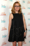 Lea Thompson Photo - LOS ANGELES - JUL 27  Lea Thompson at the Raising the Bar to End Parkinsons Event at the Laurel Point on July 27 2016 in Studio City CA