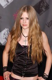 Avril Lavigne Photo - Photo by Walter WeissmanSTAR MAX Inc - copyright 200382803Avril Lavigne at The 2003 MTV Video Music Awards(NYC)