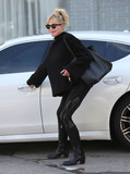 Melanie Griffiths Photo - Photo by SMXRFstarmaxinccomSTAR MAX2018ALL RIGHTS RESERVEDTelephoneFax (212) 995-119611018Melanie Griffith is seen in Los Angeles CA