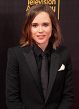 Ellen Page Photo - Photo by REWestcomstarmaxinccomSTAR MAX2016ALL RIGHTS RESERVEDTelephoneFax (212) 995-119691116Ellen Page at The 2016 Creative Arts Emmy Awards at the Microsoft Theatre in Los Angeles CA