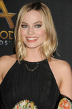 Margot Robbie Photo - Photo by GalaxystarmaxinccomSTAR MAXCopyright 2017ALL RIGHTS RESERVEDTelephoneFax (212) 995-119611517Margot Robbie at the 2017 Hollywood Film Awards held at the Beverly Hilton Hotel(Beverly Hills CA)