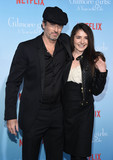 Scott Patterson Photo - Photo by KGC-11starmaxinccomSTAR MAX2016ALL RIGHTS RESERVEDTelephoneFax (212) 995-1196111816Scott Patterson and Kristine Sarayan at Netflixs Gilmore Girls A Year In The Life Premiere held at the Fox Bruin Theater Los Angeles CA