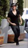 JC Chasez Photo - EXCLUSIVE In a v-neck shirt former N Sync member JC Chasez walks with a female companion from Caffe Primo to Equinox gym  Shortly after leaving Chasez went back to the restaurant to retrieve a forgotten cell phone and charger seemingly his friends because he already had a phone in his pocket  Dutifully Chasez jogged back to the gym with the phone Los Angeles CA 012311Fees must be agreed prior to publication
