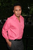 Aasif Mandvi Photo 1