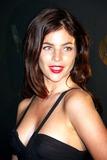 Julia Restoin Photo 1