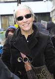 ANNIE LENOX Photo - Annie Lenox at the BBC Radio studios on March 4 2011 in London