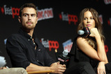 Theo James Photo - October 7 2016 New York CityActors Theo James and Kate Beckinsale made an appearance at NY Comic Com on October 7 2016 in New York CityBy Line Nancy RiveraACE PicturesACE Pictures IncTel 6467670430