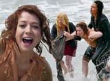 Alyson Hannigan Photo - EXCLUSIVE Malibu CA - Alyson Hannigan is dragged from the water by co-star Vanessa Lachey and Megan Hilty while filming TV Land Remake First Wives Club in Malibu  AKM-GSI   July  15 2016To License These Photos Please Contact Maria Buda(917) 242-1505mbudacopyrightakmgsicomsalescopyrightakmgsicomor Mark Satter(317) 691-9592msattercopyrightakmgsicomsalescopyrightakmgsicomwwwakmgsicom