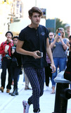Anwar Hadid Photo - September 15 2016 New York CityAnwar Hadid arrives at his sister Gigis apartment on September 15 2016 in New York CityBy Line Zelig ShaulACE PicturesACE Pictures IncTel 6467670430