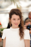 Astrid Berges Frisbey Photo 1