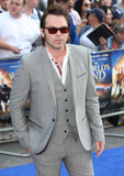 Gaz Coombs Photo - Gaz Coombes arriving for The Worlds End World Premiere at Empire Leicester Square London 10072013 Picture by Alexandra Glen  Featureflash