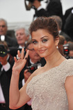 Aishwarya Rai-Bachchan Photo - Aishwarya Rai Bachchan at the gala premiere for Midnight in Paris the opening film at the 64th Festival de CannesMay 11 2011  Cannes FrancePicture Paul Smith  Featureflash