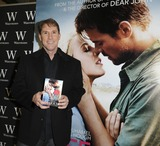 Nicholas Sparks Photo - London UK Author-Nicholas Sparks at An Evening with Nicholas Sparks and stars of Safe Haven  at Waterstones Piccadilly London February 20th 2013 Gary MitchellLandmark Media