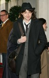 Alex Zane Photo - London UK Alex Zane at the South Bank Show Awards held at the Savoy London 23rd January 2007Keith MayhewLandmark Media