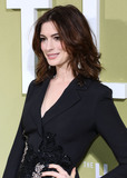 Ann Hathaway Photo - HOLLYWOOD LOS ANGELES CALIFORNIA USA - MAY 08 Actress Anne Hathaway wearing Elie Saab arrives at the Los Angeles Premiere Of MGMs The Hustle held at ArcLight Cinerama Dome on May 8 2019 in Hollywood Los Angeles California United States (Photo by David AcostaImage Press Agency)