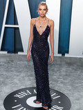 Maxwell Photo - BEVERLY HILLS LOS ANGELES CALIFORNIA USA - FEBRUARY 09 Model Stella Maxwell wearing Alberta Ferretti arrives at the 2020 Vanity Fair Oscar Party held at the Wallis Annenberg Center for the Performing Arts on February 9 2020 in Beverly Hills Los Angeles California United States (Photo by Xavier CollinImage Press Agency)