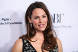 Jennifer Garner Photo - BEVERLY HILLS LOS ANGELES CA USA - DECEMBER 17 Actress Jennifer Garner arrives at the American Ballet Theatres Annual Holiday Benefit 2018 held at The Beverly Hilton Hotel on December 17 2018 in Beverly Hills Los Angeles California United States (Photo by Xavier CollinImage Press Agency)
