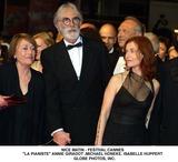 Annie Girardot Photo - Nice Matin - Festival Cannes LA Pianiste  Annie Girardot Realisateur Michael Honeke Et Isabelle Huppert