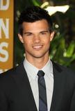 Taylor Lautner Photo 1