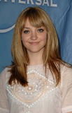 Abby Elliott Photo 1