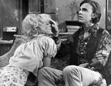 Tv-film Still Photo - Edwardalbertretro Edward Albert and Goldie Hawn in Butterflies Are Free 1972 Tv-film Still Photo Supplied by Globe Photos