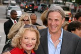 Gena Rowlands Photo - Gena Rowlands and Her Son Nick Cassavetes - the Notebook - World Premiere - Mann Village Theater Westwood CA - 06212004 - Photo by Nina PrommerGlobe Photos Inc2004
