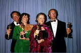 Geraldine Page Photo - Academy Awards  Oscars Stanley Pollack Anjelica Huston Geraldine Page and William Hurt Photoralph DomiguezGlobe Photos Inc