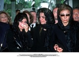 As Yet Photo - IMAPRESS PH  CLEMOT  BENITOFUNERAL OF PRINCESS LEILA PAHLAVI IN PARIS 16TH JUNE 2001 IN TOTAL BEREAVEMENT THE EX-EMPRESS OF IRAN FARAH PAHLAVI BURIED HER DAUGHTER IN THE PASSY CEMETERY IN PARIS LEILA PAHLAVI 31 PASSED AWAY A WEEK AGO IN LONDON THE OFFICIAL COMMUNIQUE WRITTEN BY HER MOTHER INDICATED THAT SHE PASSED AWAY IN HER SLEEP BUT THE EXACT CIRCUMSTANCES OF THE DEACEASED REMAIN AS YET UNKNOWNPRINCESS YASMINE PRINCESS FARAHNAZ AND EMPRESS FARAHCREDIT IMAPRESSCLEMOTBENITOGLOBE PHOTOS INC