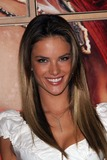 Alessandra Ambrosio Photo 1