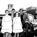 James Stewart Photo - James Stewart with His Children Judy Michael and Kelly Globe Photos Inc