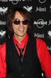 Earl Slick Photo - Icons of Music Ii Auction Hard Rock Cafe New York City 05-31-2008 Photo by Ken Babolcsay-ipol-Globe Photos 2008 I13374kba Earl Slick