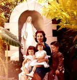 Ann Blyth Photo - Ann Blyth and Family Photo Bycarry Barbier JrGlobe Photos Inc