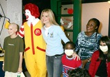 Ronald McDonald Photo - K39772RMBROOKE SHIELDS READS COOK AND PLAYS WITH CHILDREN WITH CANCER AS HER NEW ROLE AS AMBASSADOR FOR RONALD MCDONALD HOUSE CHARITIES AT THE RONALD MCDONALD HOUSE 405 EAST 73RD STREET  NEW YORK CITY10052004PHOTO RICK MACKLER RANGEFINDERS GLOBE PHOTOS INC  2004