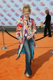 Hilary Duff Photo - Nickelodeons 2002 Kids Choice Awards at Barker Hanger Santa Monica CA Hilary Duff Photo by Fitzroy Barrett  Globe Photos Inc 4-20-2002 K24698fb (D)