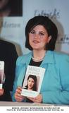 Monica Lewinsky Photo - Monica Lewinsky Ddicace Son Livre Paris Le 310399 Photo Stephane BenitoimapressGlobe Photos Inc